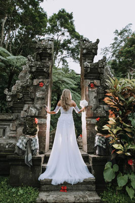 Botanica_Weddings - BOTANICA_WEDDINGS_380x570a.jpg